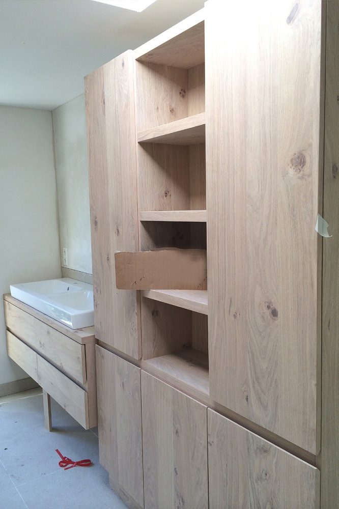Moderne aanbouw woonhuis blaricum boks architectuur - Moderne badkamer meubels ...